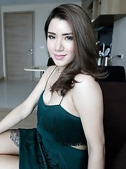 Hot 25yo sexy Thai ladyboy sucks white cock